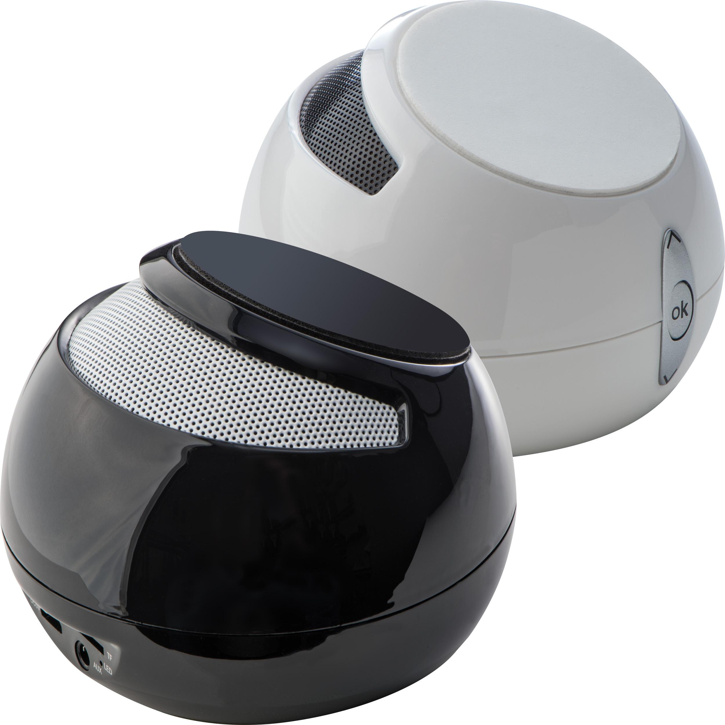 Bluetooth speaker with bracket